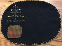 Feather Tree Oval Penny Rug Mat