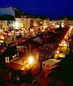Siegburg, German (Weihnachtsmarkt)