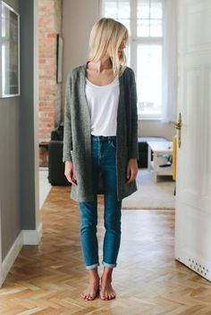 Nice 49 Trending Casual Outfits For Inspiration On Spring 2018 To Copy Right Now http://clothme.net/2018/04/05/49-trending-casual-outfits-for-inspiration-on-spring-2018-to-copy-right-now/