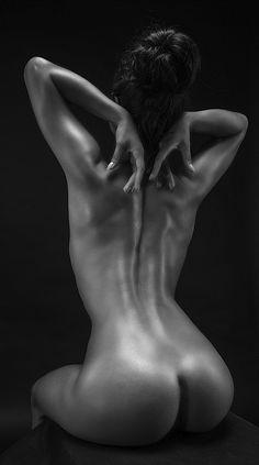 crescentmoon b & w : Photo