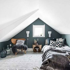 obsessed with this small but modern boho bedroom. Small space solutions will be Boho Bedroom bedroom Boho Modern obsessed Small Solutions Space Small Loft Bedroom, Attic Bedroom Designs, Attic Loft, Loft Room, Attic Design, Trendy Bedroom, Extra Bedroom, Attic Office, Loft Bedrooms