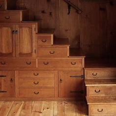 I love wood. It ages well and is the obvious choice for a wabi sabi interior. beautiful stair/storage by an unknown carpenter