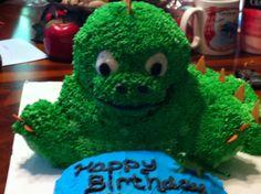 Dinosaur cake made for my nephew using the wilton 3D bear pan
