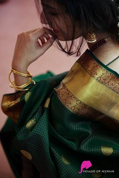 Kanchipuram Silk Sarees Shop in Chennai Bridal Kanchipuram Sarees - House of Ayana Portrait Photography Poses, Couple Photography Poses, Indian Photography, Bridal Photography, Portrait Ideas, Photography Ideas, Indian Photoshoot, Saree Photoshoot, Cute Girl Poses