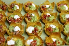 It's baseball playoff season and that calls for something fun to share with friends on game night!    These wonton taco cups are a grea...