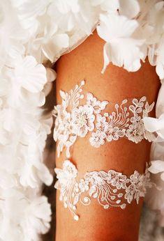 7815639be Ivory Lace Garter Wedding Garter Bridal Garter Set - Vintage Inspired Garter  Rustic Garter Bohemian Garter Boho Garter Prom Garter Belt