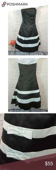 Jessica McClintock for GUNNE SAX dress Gently worn once.  Size 7/8. Sorry no trades but open for offers.  Ships same day. Smoke free home Thank you for checking out my closet:) Jessica McClintock Dresses Strapless