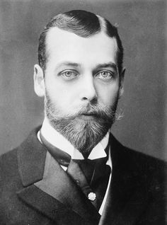 """On 6 May 1910, King Edward VII died, and George V became king. He wrote """"I have lost my best friend and the best of fathers ... I never had a [cross] word with him in my life. I am heart-broken and overwhelmed with grief but God will help me in my responsibilities and darling May will be my comfort as she has always been. May God give me strength and guidance in the heavy task which has fallen on me""""."""