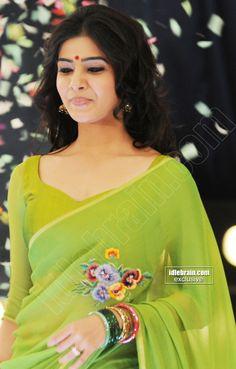 Samantha beautiful and gorgeous looking photo shoot in green saree Samantha Photos, Samantha Ruth, Green Saree, Cinema Actress, Telugu Cinema, Photo Galleries, Sari, Photoshoot, Actresses