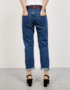 Straight fit Vintage jeans. Discover this and many more items in Bershka with new products every week