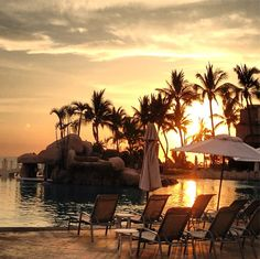 Sunset by the pool at the CasaMagna Marriott Puerto Vallarta | Taken by mmahanay on Instagram
