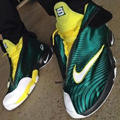 wholesale dealer ae4fc 0c878 Sole Collector x Nike Air Zoom Flight The Glove