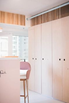 Find home projects from professionals for ideas & inspiration. Minimalist Showroom Interior Renovation Sai Ying Pun Hong Kong by S. Home Projects, Design Projects, Padded Bench, Frame Stand, Wardrobe Closet, Interior Design Companies, Cabinet Doors, Minimalist Design, Dressings
