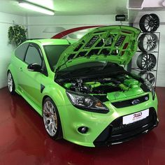 Yesterday's new arrival: Ford Focus RS CP400 full specification and tastefully modified. - - - - - #focusrs #rsfocus #rs #rsoc #rsford #rsowner #blueoval #ultimategreen #collinsperformance #specr #rsdirect #yate #bristol #carsofinsta #carsofinstagram #carporn #cargasm #forsale #autotrader #pistonaddictz #pistonheads
