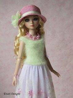 Evati OOAK Outfit for Ellowyne Wilde Amber Lizette Tonner 2   eBay. Ends 4/9/14. Sold for $45.00.