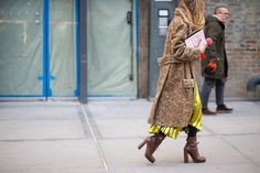 So Cool It Hurts: New York Fashion Week Street Style. This is one of those coats that looks gorgeous and also looks warm !