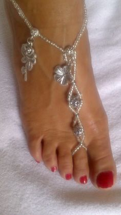 Trendy silver barefoot sandals, foot jewelry.