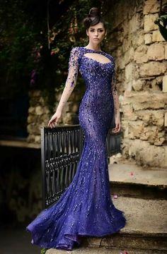 Impressionant vestit blau