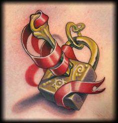 Padlock & key tattoo 005