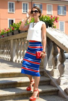 Piacenza, Maggie Dallospedale, Fashion blogger, Pencil skirt, red mini bag…