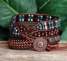 Bracelet turquoise Wrap cuivre, cuir perlé Wrap, Tila Super Duo Tile graine Perle Bracelet en cristal, Boho Wrap perlée, Artisan Bracelet par PJsPrettys sur Etsy https://www.etsy.com/fr/listing/270748019/bracelet-turquoise-wrap-cuivre-cuir