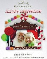 HALLMARK 2011* SITTIN' WITH SANTA * GINGERBREAD HOUSE PHOTO HOLDER * ORNAMENT
