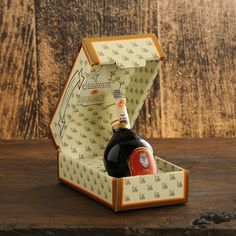 White cap - Traditional Balsamic Vinegar of Modena #acetaiadigiorgio