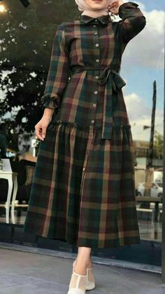 Discover unique designers fashion at . Spring casual outfits for hijabi women Modest Fashion Hijab, Modern Hijab Fashion, Hijab Fashion Inspiration, Abaya Fashion, Muslim Fashion, Fashion Dresses, Mode Abaya, Mode Hijab, Hijab Evening Dress