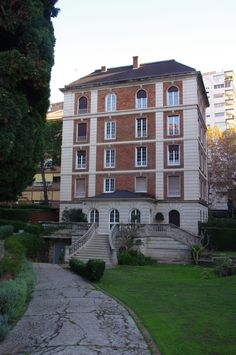 Habitatge estil château français, Pg. Manuel Girona