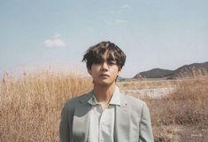 gambar bts, v, and taehyung Daegu, Foto Bts, Bts Photo, Photo Scan, Seokjin, Hoseok, Namjoon, Bts 2018, Kpop