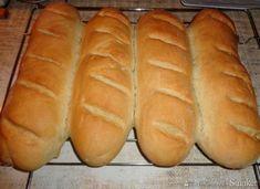 Bułka paryska (francuz). - przepis ze Smaker.pl Hot Dog Buns, Hot Dogs, Bread, Food, Eten, Bakeries, Meals, Breads, Diet