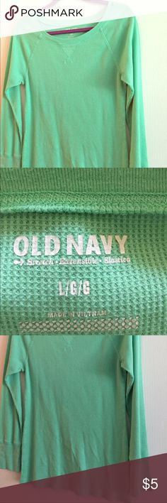 Light green old navy Henley This great long sleeve Henley is a great color to add to your wardrobe! 👚👢💋 Old Navy Tops Tees - Long Sleeve