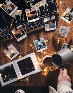 Aesthetic Vintage, Aesthetic Photo, Aesthetic Pictures, Vintage Fall Decor, Photo Voyage, Polaroid Pictures, Polaroids, Autumn Aesthetic, Christmas Minis
