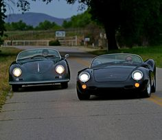 Porsche 550 Spyder Selection on the right, Porsche 356 on the left.