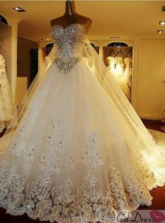 Beautiful!!!     ball gown wedding dress. Love the sparkles and love the poof #Wedding #Dresses Pinterestbags.com