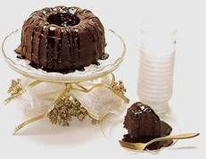 Rum Soaked Fudge Cake | DianasDesserts.com