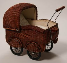 Wicker doll carriage, Germany