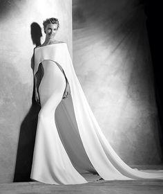 Verona, elegant, original wedding dress, sweetheart neckline