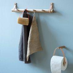 Kapstok en Toiletrolhouder van leer en hout