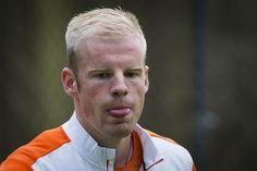 Na de voorselectie van het 'echte Oranje' is nu ook de voorselectie van Jong Oranje bekendgemaakt. Bondscoach Adrie Koster neemt vier Ajacieden mee