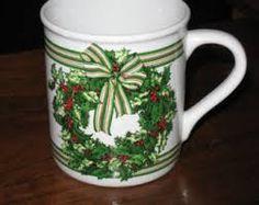 Bildresultat för christmas mugs uk gold rim  handle