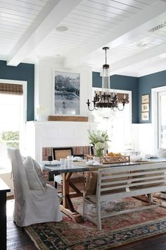 Cozy Dining Room Ins