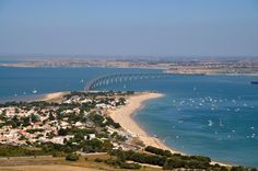 Ile de Ré (France) Image Surf, Destinations, Destination Voyage, Aerial View, Places Ive Been, The Good Place, Swimming Pools, Waterfall, Surfing