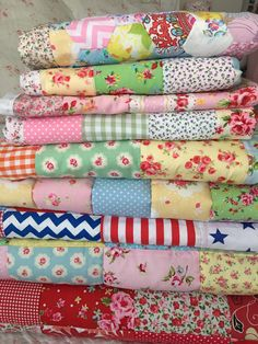 Lots of pretty patchwork quilts on my website xx