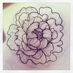 LOVE LOVE LOVE ... LLOOVVEEEEE this one!! I'd love a rendition of exactly this as my line drawing peony! How do i do that, though... ??
