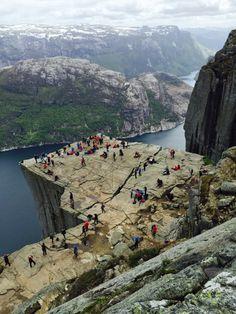 Preikestolen (Pulpit Rock), Norway by pabell1