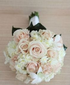 cool 29 Cheerful Wedding Inspiration Ideas In Coral And Gray  https://viscawedding.com/2018/01/12/29-cheerful-wedding-inspiration-ideas-coral-gray/