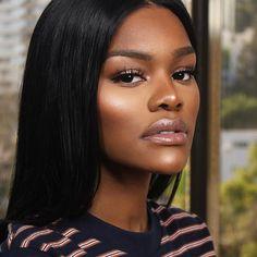 """Effortless Glowing Supermodel Glam on the Beautiful @teyanataylor  #teyanataylor  Make-Up By: @iamkevinwade  #iamkevinwade  Hairstylist: the awesome @tokyostylez #touchedbytokyo  Eyeshadow: @colouredraine  Eyelashes: @lamourminklashes """"L'Amour"""" Lips: @kami_cosmetics """"Dubai Days"""" Highlight: @bhcosmetics Illuminating & Bronzing Pallette"""