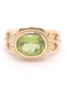 Genuine Natural Oval Brilliant Peridot Ring 18k Yellow Gold Diamonds