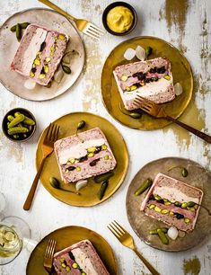 Terrine with Duck, Chicken and Sour Cherry Check our this super simple gluten free terrine recipe. This terrine makes for the perfect dinner party starter and can be made up to three days ahead, just make sure you keep it well wrapped in the fridge Pate Recipes, Duck Recipes, Terrine Recipes, Savoury Recipes, Duck Terrine, Chicken Terrine, Easy Christmas Dinner, Christmas 2019, Appetizers